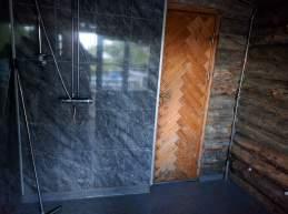 Anticamera della sauna, doccia pre e post sauna